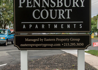 Pennsbury Court Exterior Sign